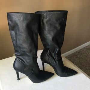 FREE w/purchase Jessica Simpson Boots, black